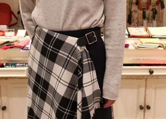 2019年オニールオブダブリン2個ベルトキルトスカートです。_c0227633_22431214.jpg