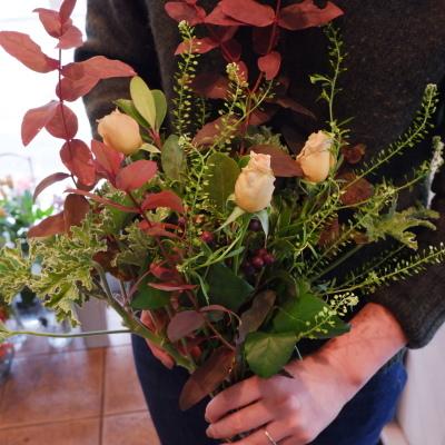 オークリーフ花の教室(赤地さんと宮原さんの作品)_f0049672_19180626.jpg