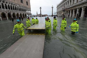 それでもヴェネツィアは美しい。~被害状況と支援について②_c0339296_08115737.jpg