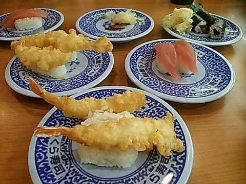 くら寿司でランチ_f0019498_21085014.jpg