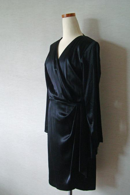 リトルブラックドレスがまた1着_c0134902_23374797.jpg