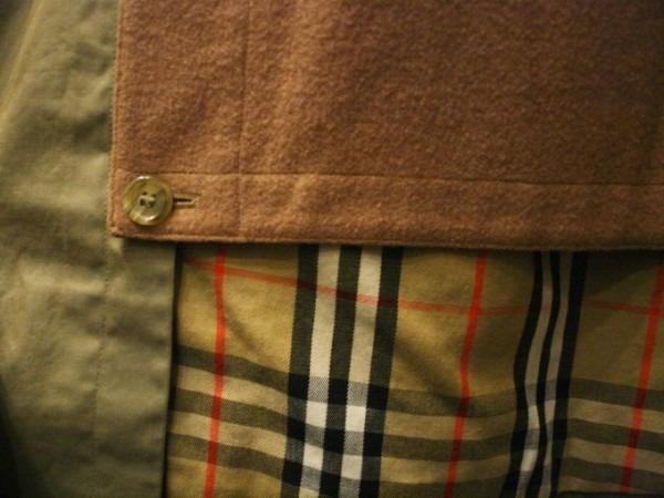 お休みをいただき散歩です。 入荷バーバリーのコート。ローデンクロス、一枚袖、カシミア_f0180307_03330719.jpg