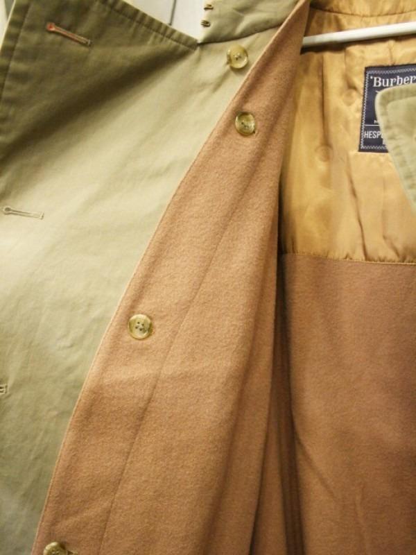 お休みをいただき散歩です。 入荷バーバリーのコート。ローデンクロス、一枚袖、カシミア_f0180307_03330949.jpg