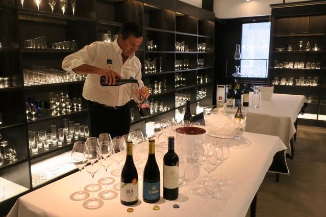 ワインの輸入販売を開始しました。_c0213220_4192970.jpg