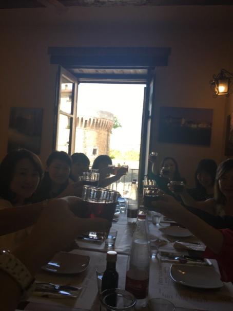 南イタリアユキキーナツアー7日目② 赤ワインのパスタ_d0041729_19464457.jpg