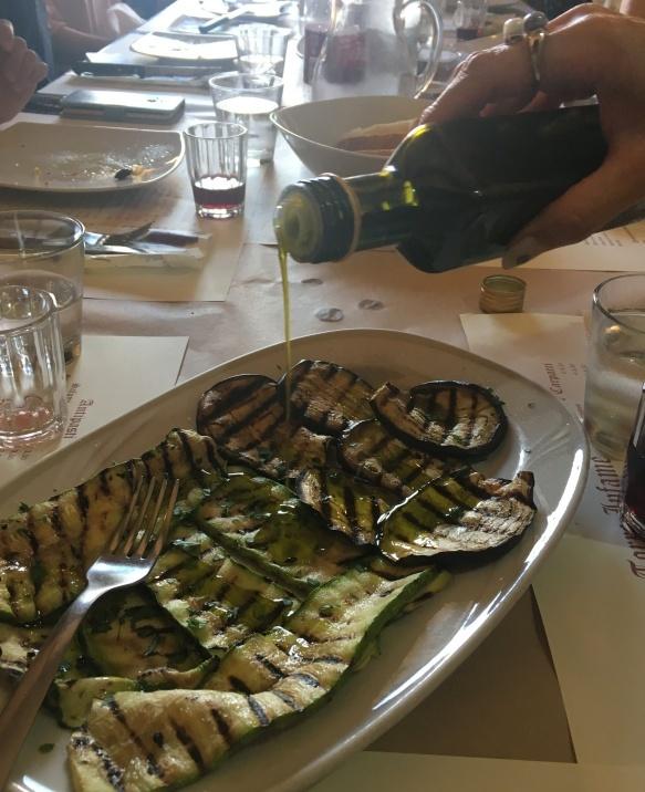 南イタリアユキキーナツアー7日目② 赤ワインのパスタ_d0041729_19471098.jpg