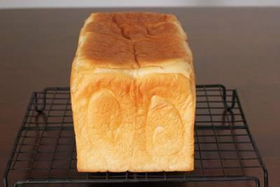 パン教室で「生クリーム食パン」食パンの型詰めについて_a0165538_09364374.jpg