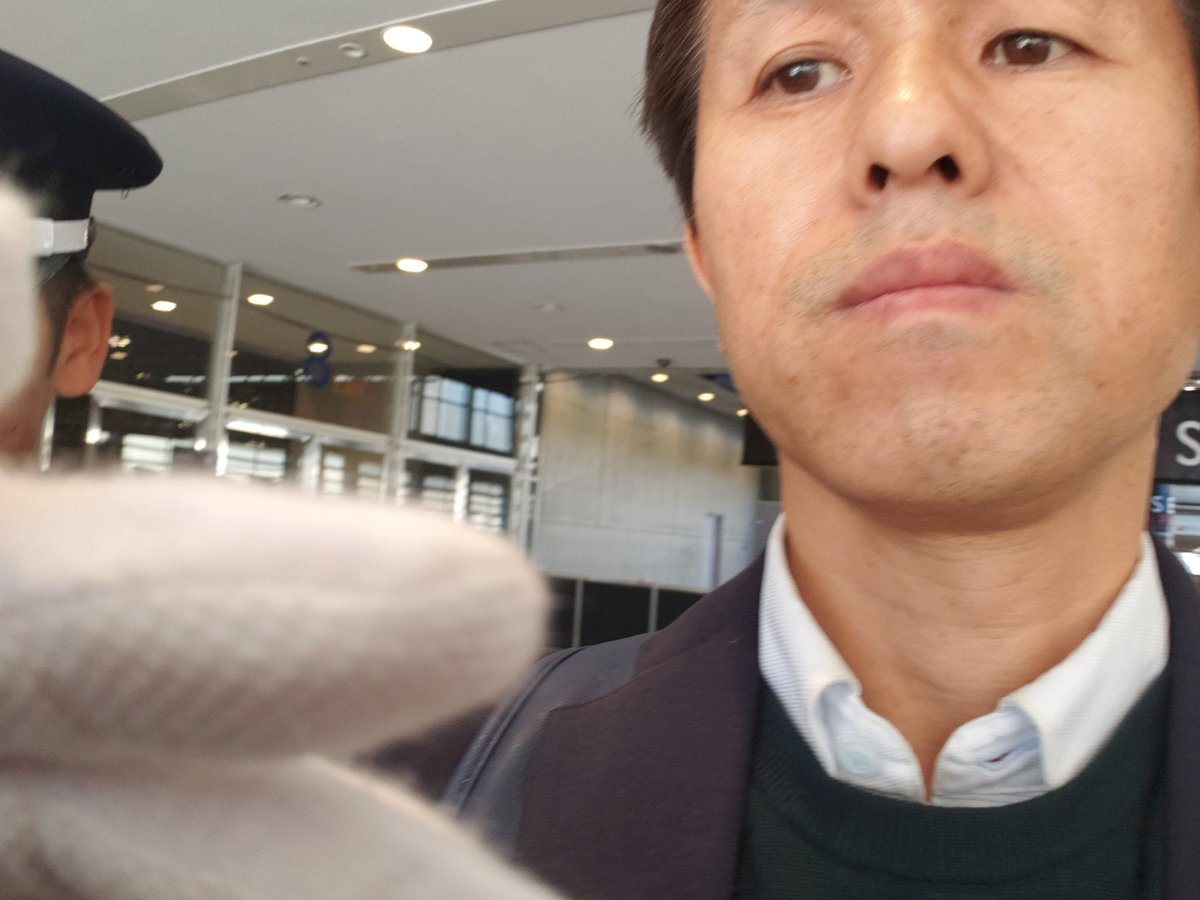 武器見本市「DSEI JAPAN」主催者の浅利眞が入場者を強制排除の暴挙!_a0336146_00535461.jpg
