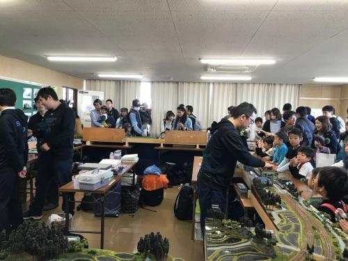 名古屋貨物ターミナル駅の公開に行って来ました_a0082347_16041719.jpg
