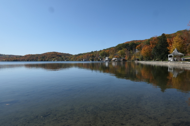 カナダ東部ドライブと、湖畔の絵_d0193569_09060726.jpg