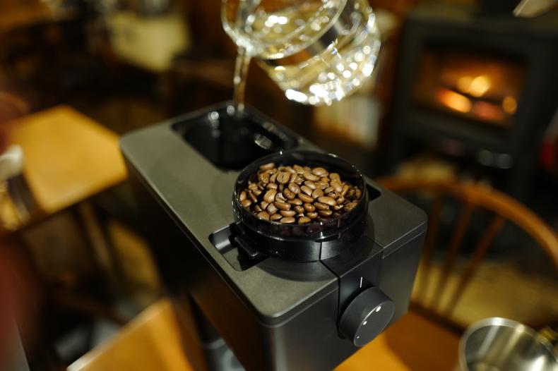 全自動コーヒーメーカー(6杯用) CM‐D465B_b0398673_17122768.jpg