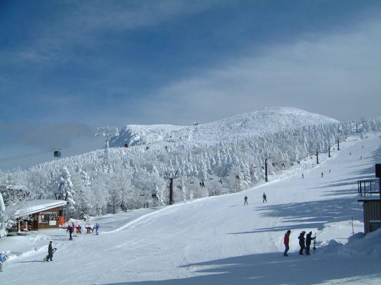 まもなくスキーシーズン突入!!_b0185375_17075787.jpg