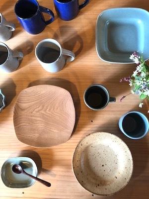 「お茶の時間を楽しむどうぐ」展 開催中2 ブローチ新着、寺村さんの器_d0177286_12594199.jpg