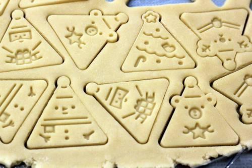 クリスマスさんかくクッキー_a0165538_10040444.jpg