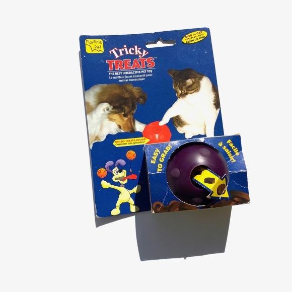 Omega Paw Tricky Treat Ball オメガ パウトリッキー トリーツ ボール_d0217958_11222573.jpg