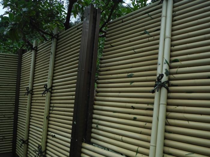 小工事 ~ フェンス補修。_d0165368_04483563.jpg