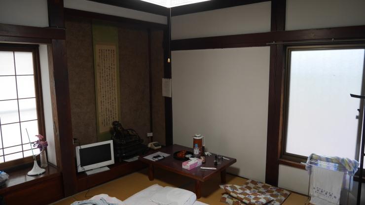 中山道に面する木造三階-望月・井出野屋旅館_a0385880_22285958.jpg