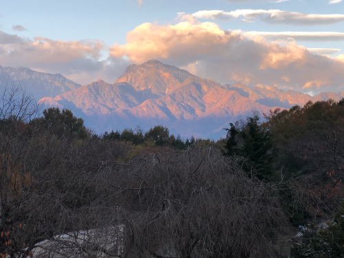 朝方、甲斐駒ケ岳が赤く染まって。_d0338282_16171254.jpg