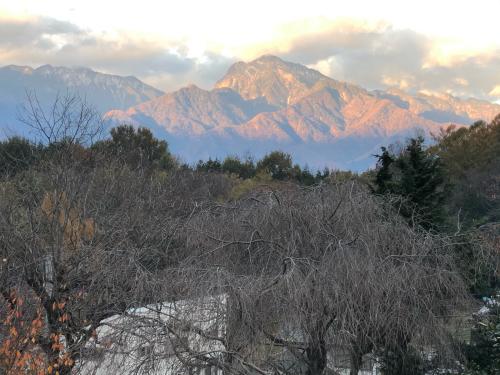 朝方、甲斐駒ケ岳が赤く染まって。_d0338282_16201140.jpg