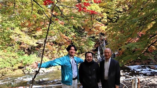 藤田八束の鉄道写真@青森空港でのお話、もみじ山の美しい秋、青森の素晴らしい秋と素敵な仲間で秋を堪能、素敵な秋をありがとう感謝しています_d0181492_18383367.jpg
