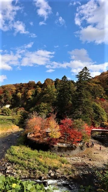 藤田八束の鉄道写真@青森空港でのお話、もみじ山の美しい秋、青森の素晴らしい秋と素敵な仲間で秋を堪能、素敵な秋をありがとう感謝しています_d0181492_19563348.jpg