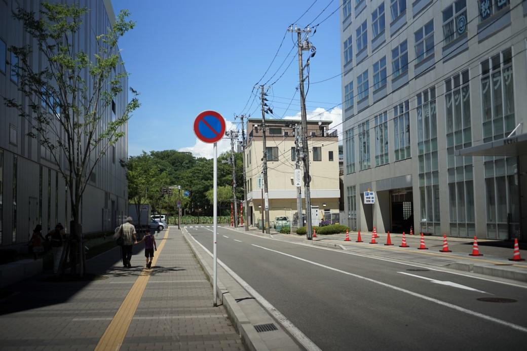 韓国とのこと。いよいよ今日で切れるのですね。_b0155395_152744.jpg