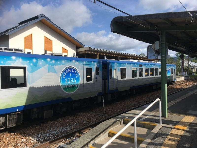 野辺山駅にてHIGH RAIL1375と銀河公園。_d0367998_08515110.jpeg