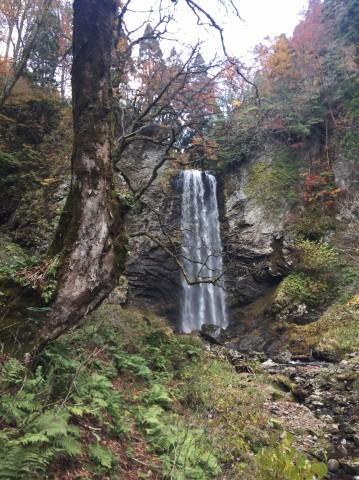 秋のトレッキング  雲竜の滝_e0115904_10551034.jpg