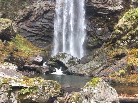 秋のトレッキング  雲竜の滝_e0115904_10595280.jpg