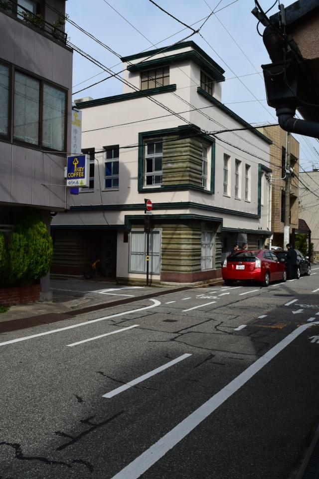 金沢市尾張町の旧村松商店(昭和モダン建築探訪)_f0142606_11223855.jpg