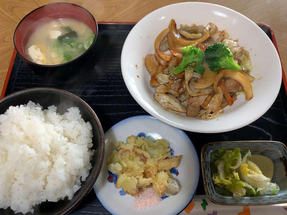 桜井の食堂「こけし」_e0173645_17453576.jpg