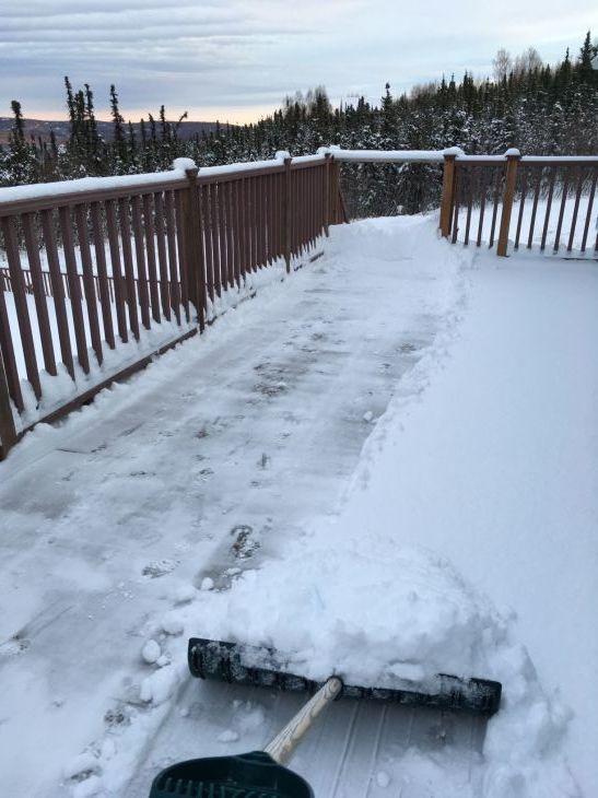オーロラハウスの雪かき_b0135948_17273253.jpg