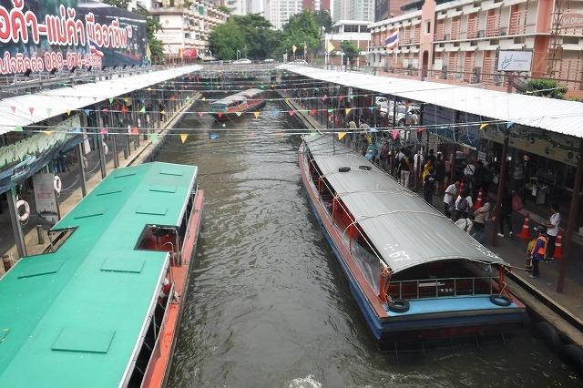 バンコクのセーンセープ運河 Saen Saep Canal in Bangkok_c0027849_20414164.jpg