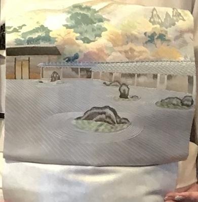 11周年・キティさん・山水画の着物に石庭の帯・帯地バッグ。_f0181251_17543331.jpg