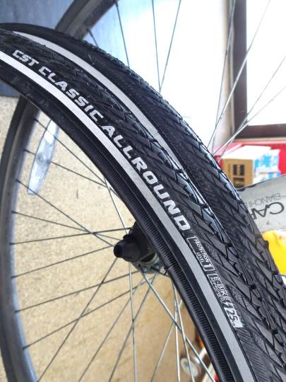 クロスバイク タイヤ交換~ロードバイク カスタム~_e0140354_15221233.jpg
