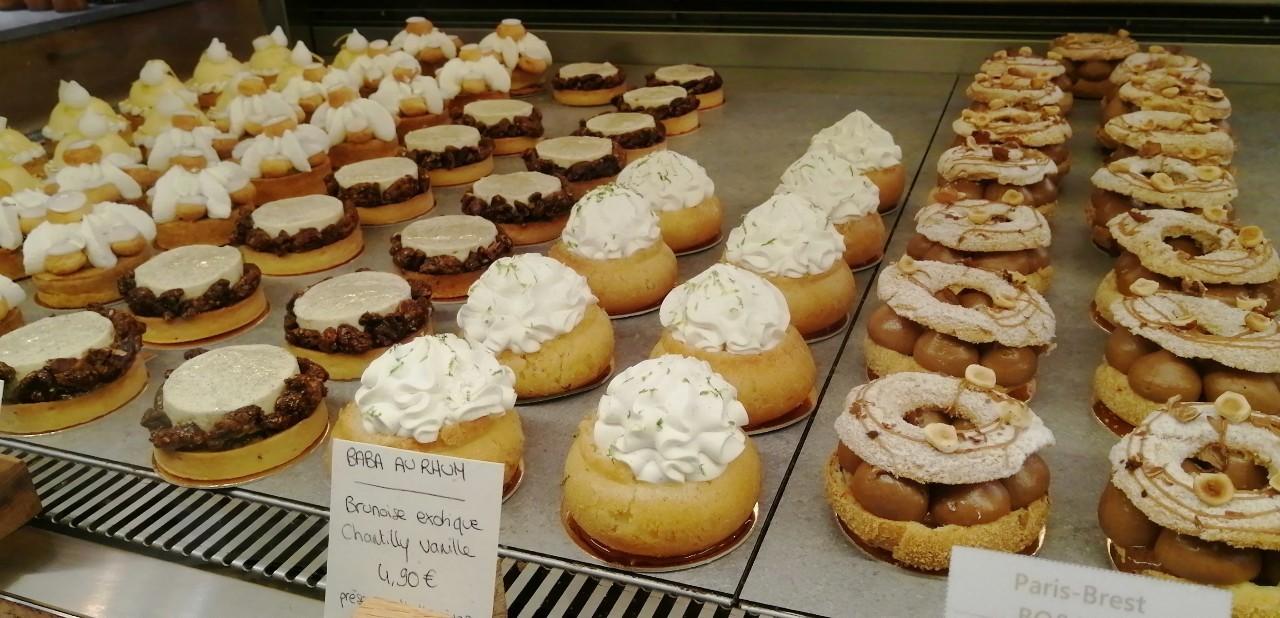 パリ 人気のパン屋さんで朝食♪_b0060363_14174190.jpg