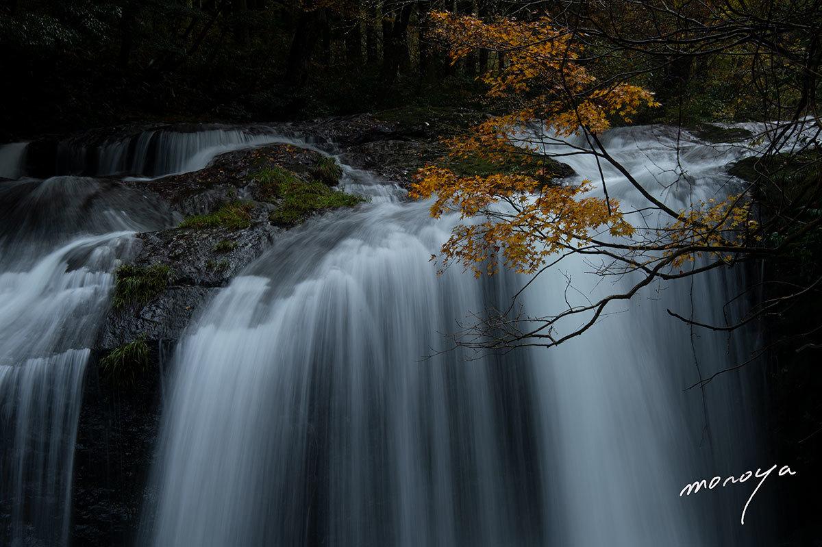 晩秋の滝_c0085877_06013745.jpg