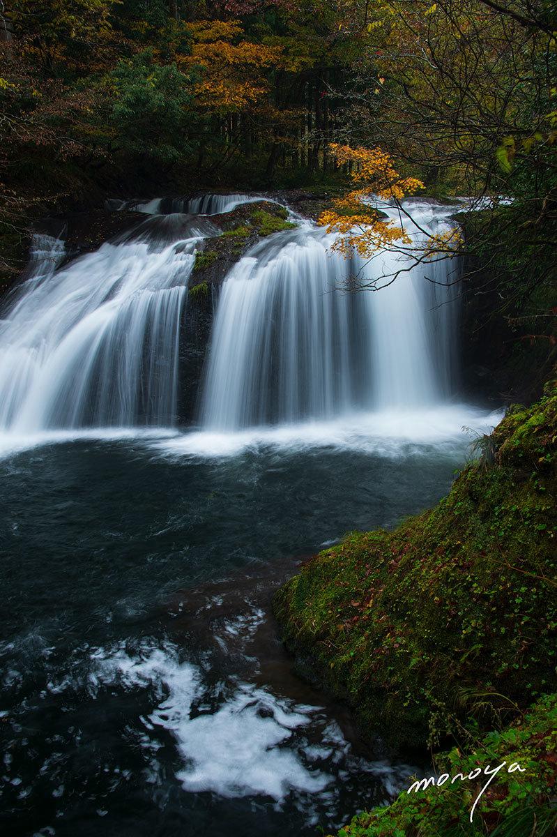 晩秋の滝_c0085877_06014439.jpg