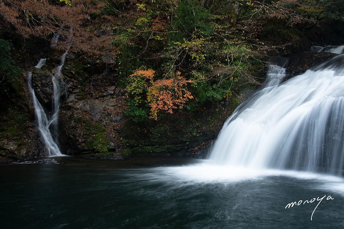 晩秋の滝_c0085877_06015184.jpg