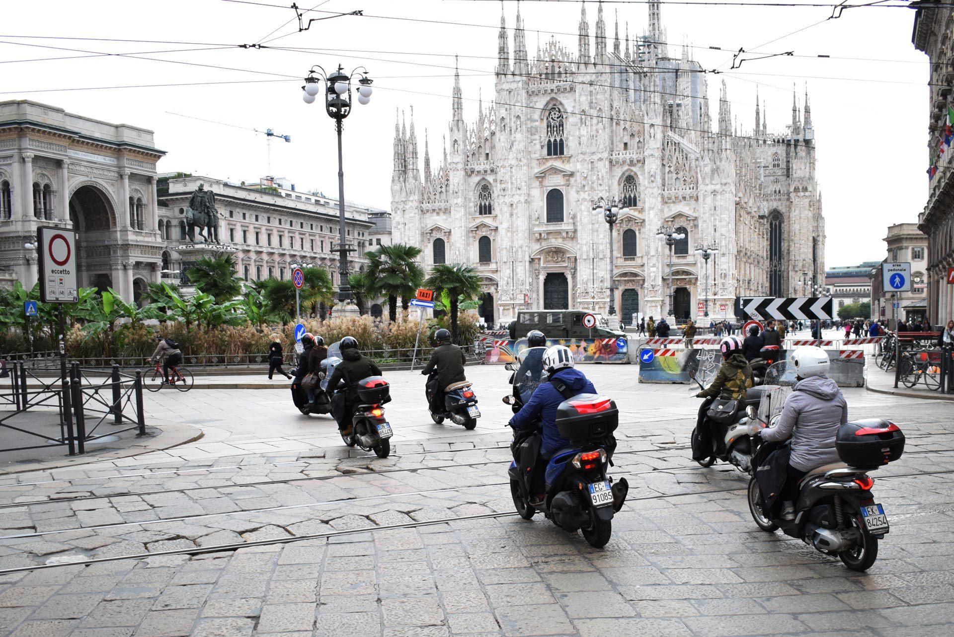 バイク天国☆イタリアの旅 その5 ミラノ街を散策_d0099181_10345828.jpg