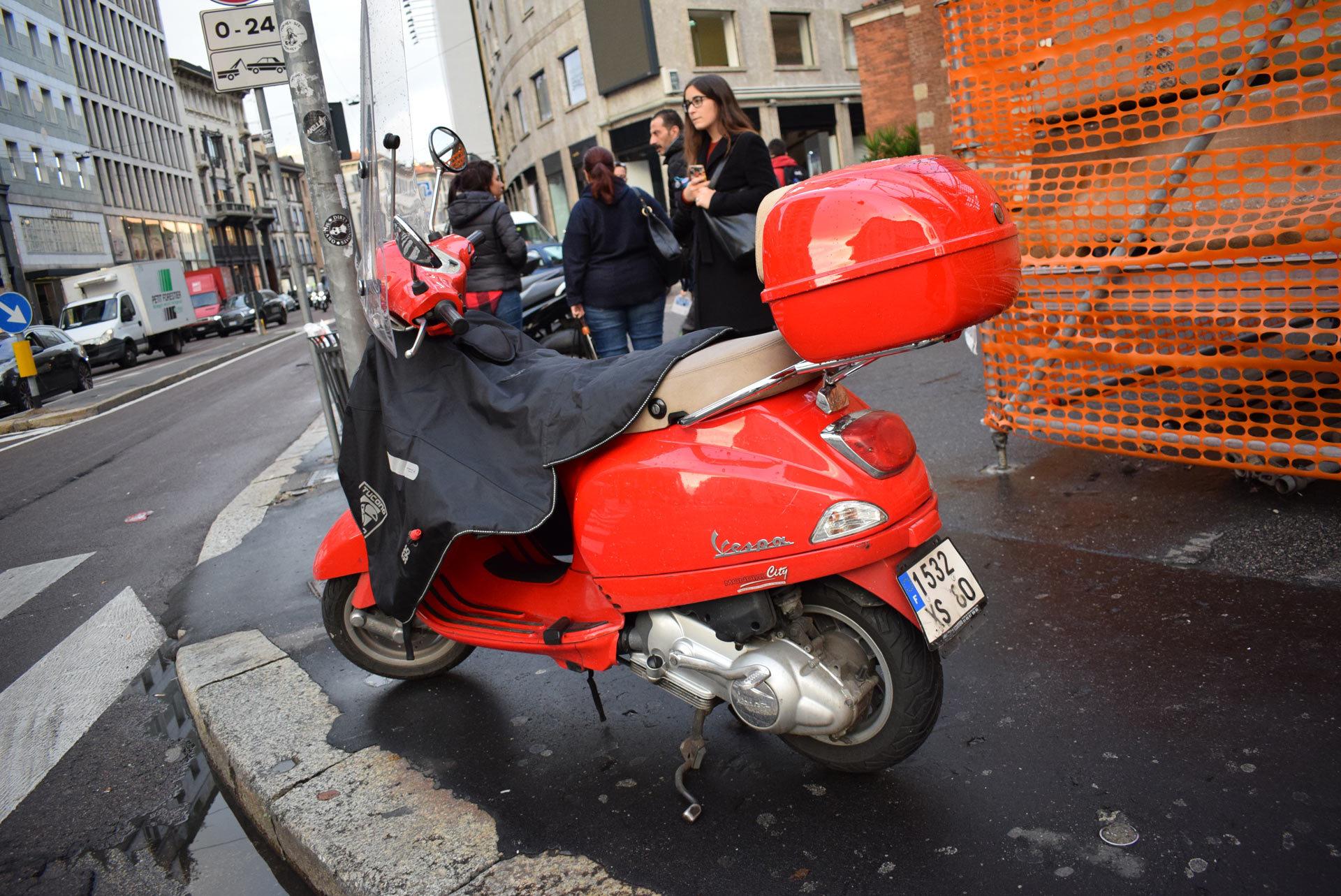 バイク天国☆イタリアの旅 その5 ミラノ街を散策_d0099181_10551130.jpg