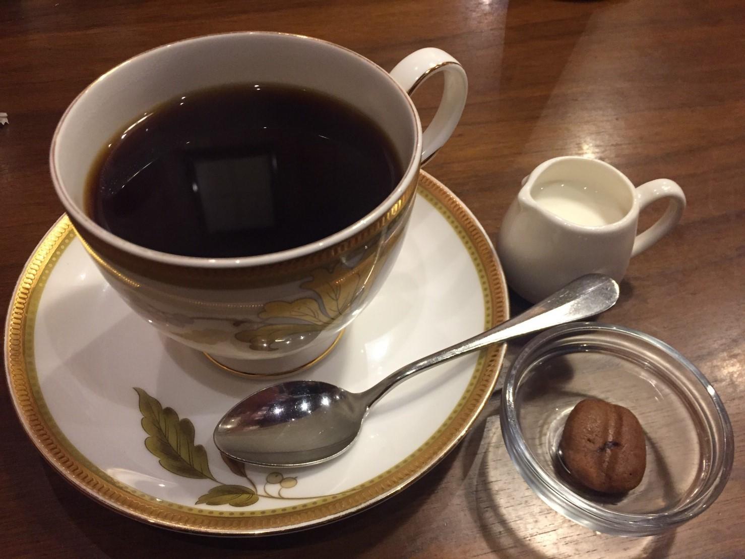 喫茶 1er ぷるみえ (豚そぼろご飯に柚子味噌のマヨネーズ)_e0115904_13033957.jpg