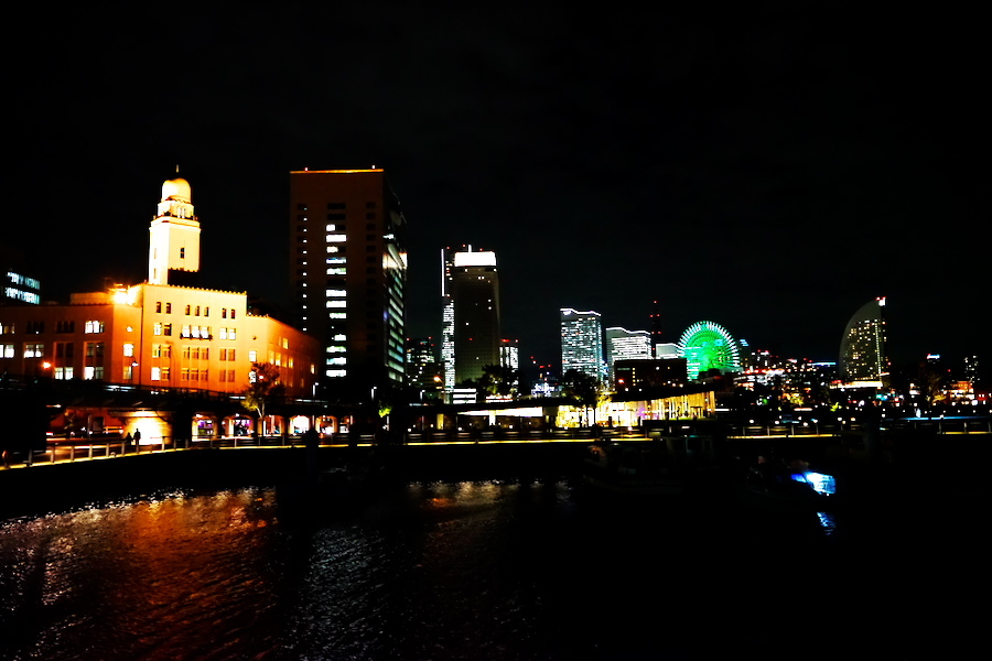 横浜港の夜景1_a0263109_10471345.jpg