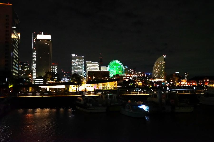 横浜港の夜景1_a0263109_10471346.jpg