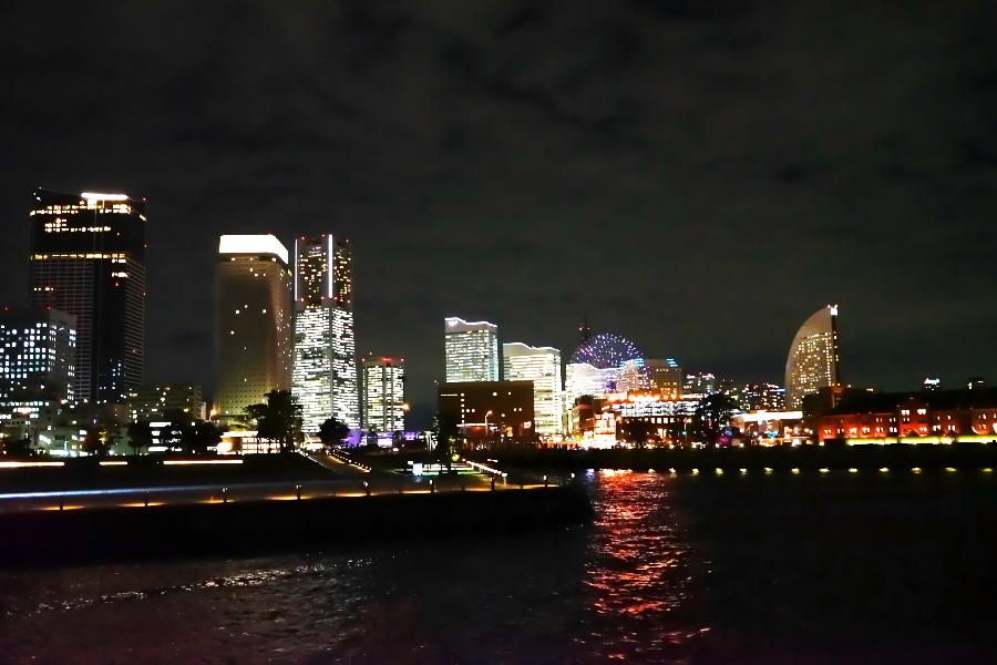 横浜港の夜景1_a0263109_10471499.jpg