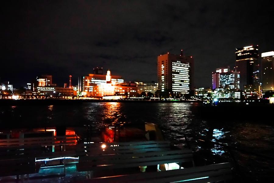 横浜港の夜景1_a0263109_10473759.jpg