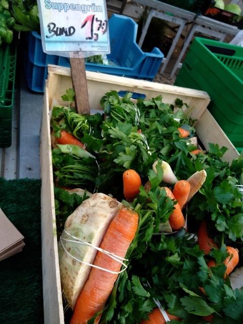 ドイツの冬の野菜たち_a0355629_07015021.jpg