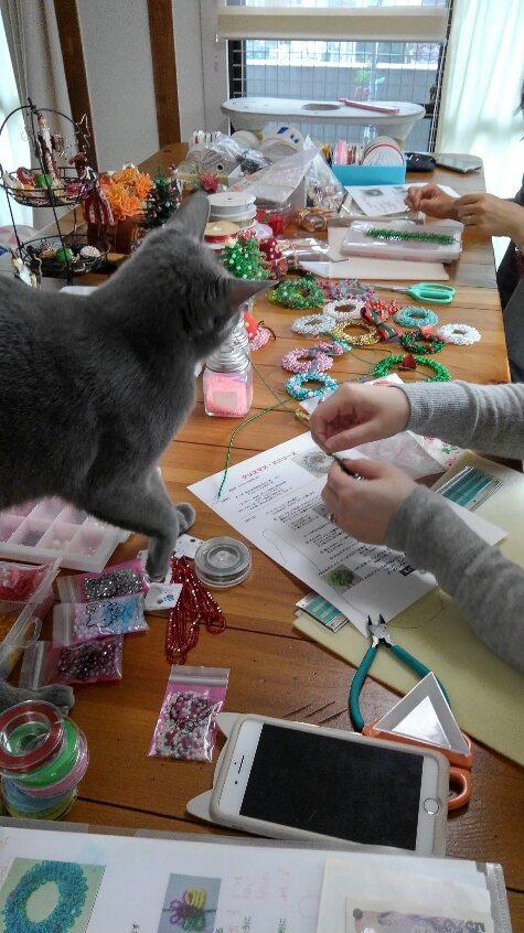 クリスマスリースのお教室開催中_d0152937_18251832.jpg