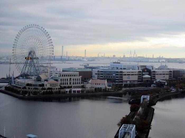 【曇天の朝のみなとみらい】_b0009849_16594592.jpg
