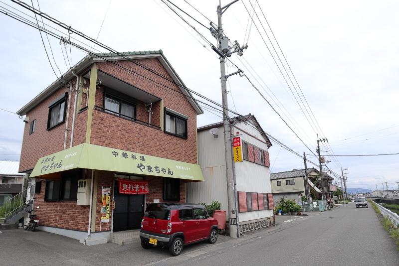 中華料理 やまちゃんのトロットロカツ丼_a0077663_09410774.jpg